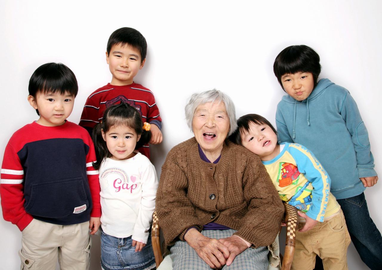 祖母と孫5人